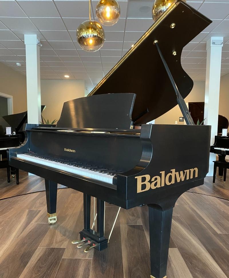 Baldwin Piano at Bellevue Showroom